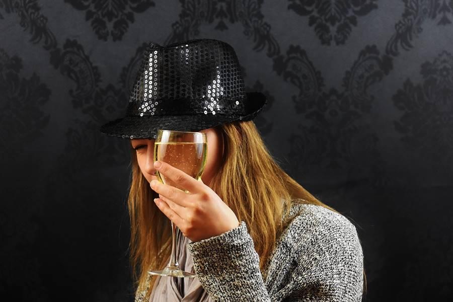 ¿Puedo beber alcohol antes del embarazo?, ¿Qué pasa si bebo alcohol antes del embarazo?, Cómo afecta el alcohol antes del embarazo, Cambios en el estilo de vida antes de estar embarazada, Cómo afecta el consumo de Alcohol al hombre que quiere tener hijos, Beber alcohol antes del embarazo puede producir infertilidad, Beber alcohol antes del embarazo puede elevar el nivel de azúcar en el niño, Beber Alcohol antes del Embarazo puede dañar la Placenta, Consumir Alcohol antes del Embarazo puede producir Problemas de conducta infantil,
