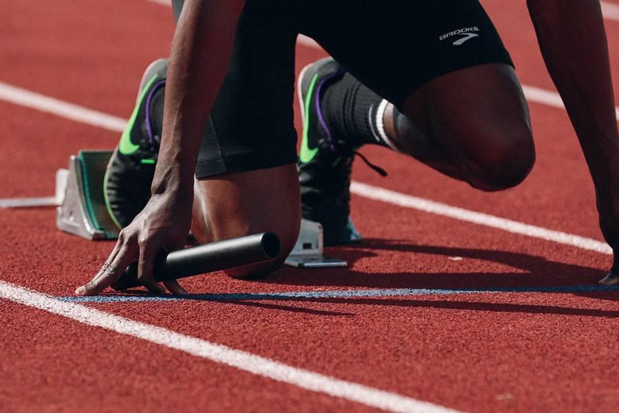 ¿qué es un tirón muscular?, rotura de fibras, rotura fibrilar, rotura muscular, tirón muscular, tirón muscular en el futbolista, microrotura muscular, tirón muscular en el fútbol, microrotura muscular en el fútbol, ,Causas de la Rotura Muscular, Tipos de Rotura de Fibras, Síntomas de un Tirón Muscular, Diagnóstico de una Rotura Fibrilar, Tratamiento de un Tirón Muscular, Factores de Riesgo para la Rotura de Fibras, Cómo Prevenir una Rotura Muscular, ¿A quién afecta la Rotura de Fibras?, ¿en qué músculos se produce un tirón muscular?, Diagnóstico Clínico de una Rotura de Fibras, Diagnóstico mediante la Exploración Física de un Tirón Muscular, Diagnóstico con Ecografía de una Rotura de Fibras, Tratamiento de la Rotura de Fibras de grado 1 y 2, Tratamiento de la Rotura Muscular o Tratamiento del Tirón Muscular de Grado 3,