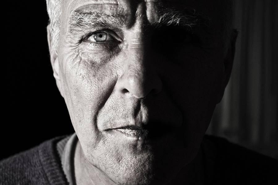 Tratamiento de la Miastenia Gravis, Diagnóstico de la Miastenia Gravis, Complicaciones de la Miastenia Gravis, ¿Que puede agravar la Miastenia Gravis?, ¿Qué es la crisis Miasténica?, Enfermedades frecuentes en los pacientes con Miastenia Gravis,
