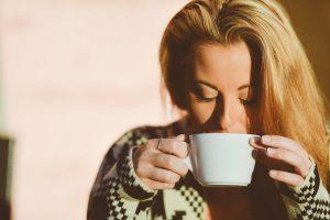 ¿Cuándo comienza la menopausia?, ?Cuánto dura la menopausia?, ¿es posible predecir la edad de la menopausia?, ¿Qué es la Perimenopausia?, ¿Qué factores no influyen en la edad de la menopausia?,