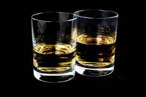 ¿Puedo beber alcohol si tengo ansiedad?, Alcohol y ansiedad, alcohol con ansiedad, ¿Puedo Beber cerveza si tengo Ansiedad?, ¿Puedo Beber vino si tengo Ansiedad?, ¿Puedo Beber ron si tengo Ansiedad?, ¿Puedo Beber vodka si tengo Ansiedad?, ¿Puedo Beber ginebra si tengo Ansiedad?, ¿Puedo Beber un combinado si tengo Ansiedad?, ¿Puedo Beber un cóctel si tengo Ansiedad?, ¿Puedo Beber champagne si tengo Ansiedad?, ¿Puedo Beber cava si tengo Ansiedad?, ¿Puedo Beber un chupito si tengo Ansiedad?, ¿El alcohol es causa de ansiedad?, ¿Puede producir ansiedad el alcohol?, ¿Puede mejorar la ansiedad el alcohol?, Cómo empeora el alcohol a la ansiedad, ¿Por qué el Alcohol no debe de ser un tratamiento para la ansiedad?, No puedes beber alcohol de manera segura si tienes,
