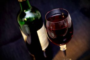 ¿Puedo beber Alcohol si tengo Hipertensión Arterial?, ¿Puedo beber Alcohol si tengo la tensión alta?, ¿Puedo beber Alcohol si soy Hipertenso?, Alcohol e hipertensión arterial, alcohol con hipertensión arterial, Problemas al mezclar Alcohol con Hipertensión Arterial, Efectos al mezclar alcohol e Hipertensión Arterial,
