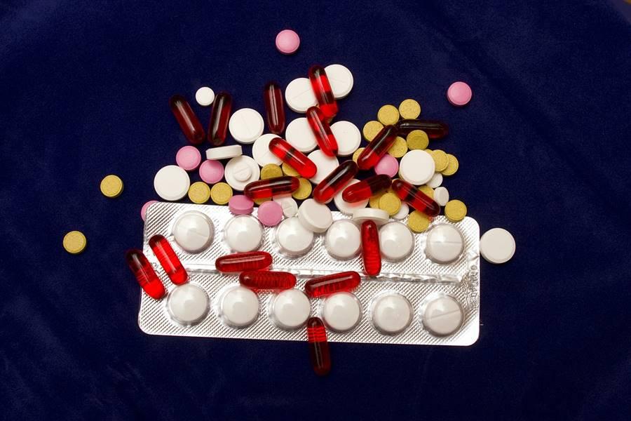 ¿Qué son los Efectos Secundarios y Adversos de los Medicamentos?, ¿Qué son los Efectos Secundarios de un Medicamento?, ¿Qué son los Efectos Adversos de los medicamentos?, ¿Qué es el Efecto Terapéutico de un Medicamento?, ¿Que son los Efectos Colaterales de un medicamento?,